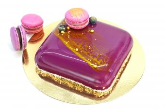 Mousse cake and macaron cookies