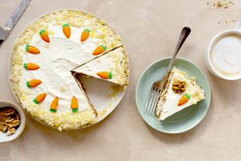 Carrot cake with walnuts an whipped cream
