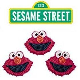 Decorate_Elmo_Cupcakes.jpg