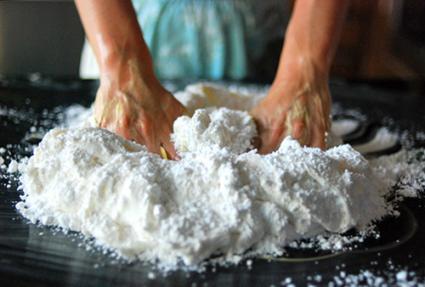 Image courtesy of Angela MonDragon; www.twohotpotatoes.com/