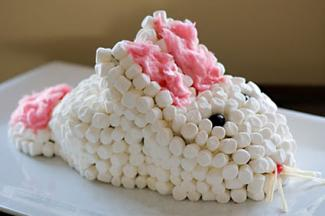 Marshmallow bunny carrot cake by Sweet Homemade