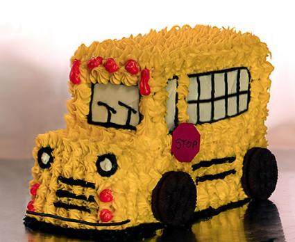 Buttercream bus cake