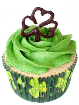 Chocolate shamrock topper