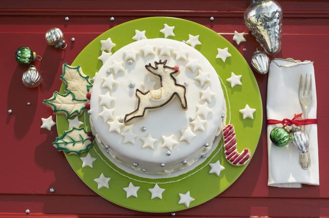 Easy Christmas Cake Decorating Ideas Lovetoknow