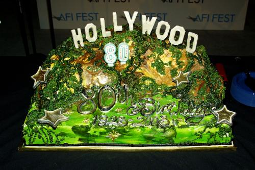 Hollywood sign cake