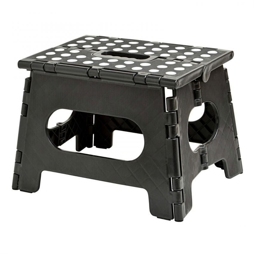https://cf.ltkcdn.net/camping/images/slide/206474-850x850-folding-step-stool.jpg