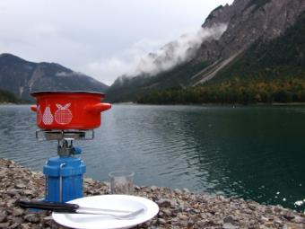 Outdoor Cooking Stove Options: Choosing What Works for You