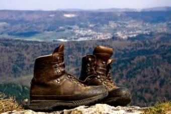 Your Guide to Custom Hiking Boots: Benefits and Resources