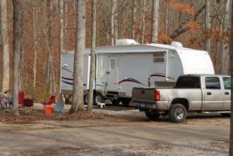 Travel_trailer.jpg