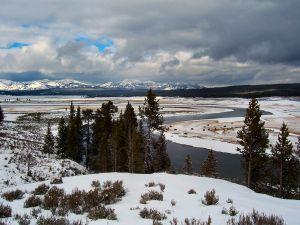 Yellowstone_winter.jpg