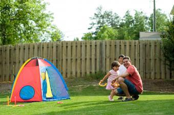 https://cf.ltkcdn.net/camping/images/slide/123111-850x563-horseshoes.jpg