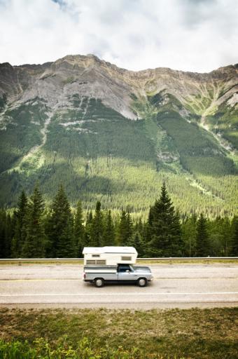 https://cf.ltkcdn.net/camping/images/slide/123203-565x850-travel_anywhere.jpg