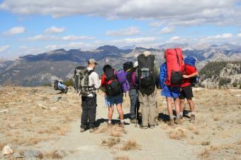 https://cf.ltkcdn.net/camping/images/slide/123302-849x565-yosemite_backpacking.JPG