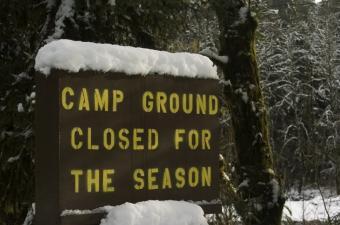 https://cf.ltkcdn.net/camping/images/slide/123304-850x562-campground_closed.JPG