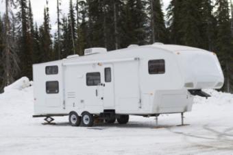6 Winter RV Camping Spots in MA That Feel Like a Wonderland
