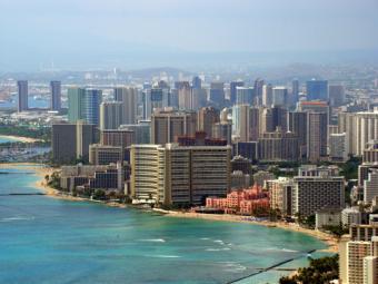 Waikiki Beach, Honolulu, Hawaii; copyright Boreccy at Dreamstime.com