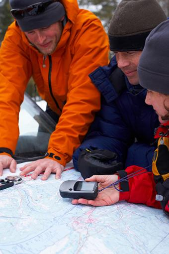https://cf.ltkcdn.net/camping/images/slide/169495-420x630-Sharing-winter-plans-TS-sm.jpg
