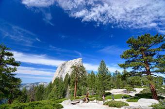 View of Yosemite Nationall Park
