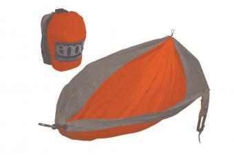 https://cf.ltkcdn.net/camping/images/slide/205767-850x570-ENO-SingleNest-Hammock.jpg