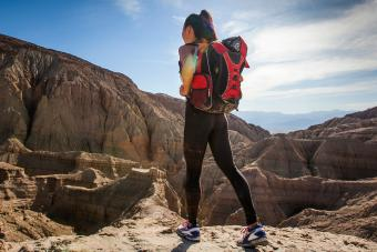 https://cf.ltkcdn.net/camping/images/slide/245759-850x566-hiking-in-tights.jpg