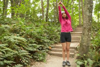 https://cf.ltkcdn.net/camping/images/slide/245763-850x566-woman-in-bike-shorts.jpg