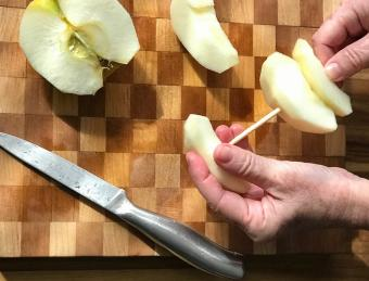 Apple slices on skewer