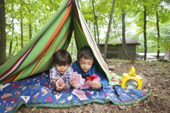 https://cf.ltkcdn.net/camping/images/slide/276114-850x567-playing-cards-inside-tent.jpg