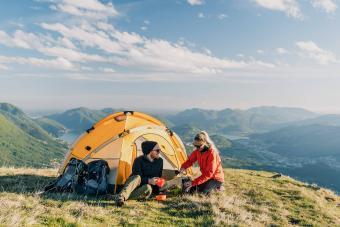 https://cf.ltkcdn.net/camping/images/slide/276812-850x566-quick-national-parks-camping-guide.jpg