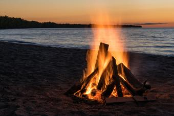 Campfire Structures: Different Types and How to Build Them