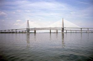 Charleston_cooper_river_bridge.jpg
