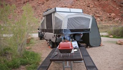 Pop up trailer. & Pop Up Camper Repair | LoveToKnow