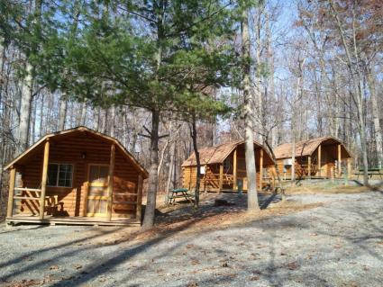 What to expect when staying at koa campgrounds lovetoknow for Cabin cabin vicino a lexington va