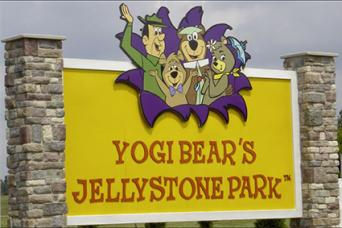 Jellystone Welcome Sign