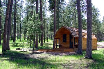 Camping at custer state park lovetoknow for Cabins near custer sd