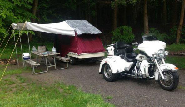 Motorcycle Tent Trailers | LoveToKnow
