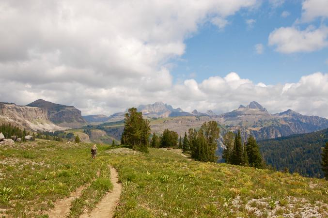 Backpackers on Teton Crest Trail