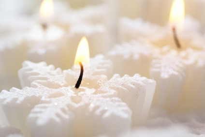 Christmas Floating Candles.Christmas Floating Candles Lovetoknow