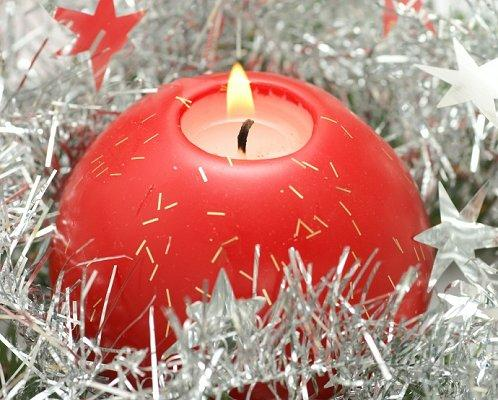 cheapring13jpg - Decorative Christmas Candle Rings