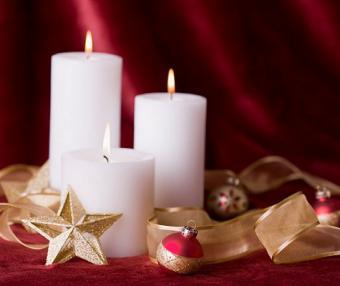 https://cf.ltkcdn.net/candles/images/slide/107181-475x400-cheapring14.jpg