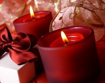 https://cf.ltkcdn.net/candles/images/slide/107185-501x400-cheapring1.jpg
