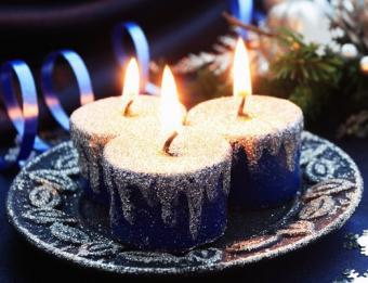 https://cf.ltkcdn.net/candles/images/slide/107190-522x400-cheapring11.jpg