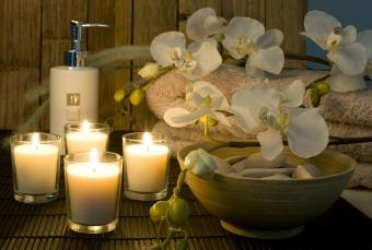 Which Candle Holds Scent Longest?