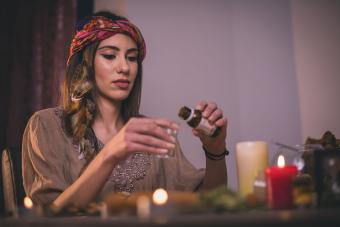 How to Make Scented Beeswax Candles
