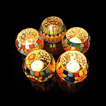 https://cf.ltkcdn.net/candles/images/slide/249135-850x850-3-ideas-glass-mosaic-candle-holders.jpg
