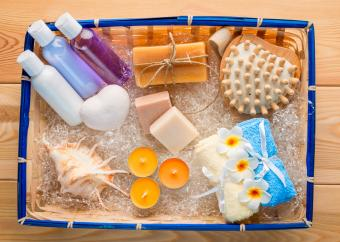 Pampering Candle Gift Basket Ideas