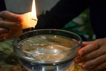 Divination with a candle on the water.