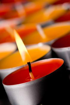 colored tea light candles