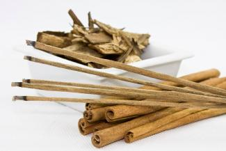 Incense and cinnamon sticks
