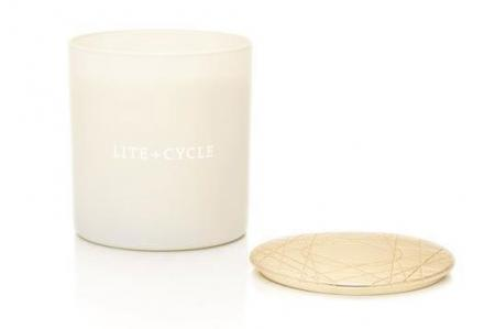 LITE + CYCLE Essential oil candle