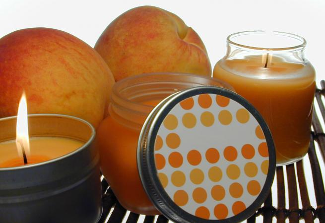 Homemade fruit candles without wax